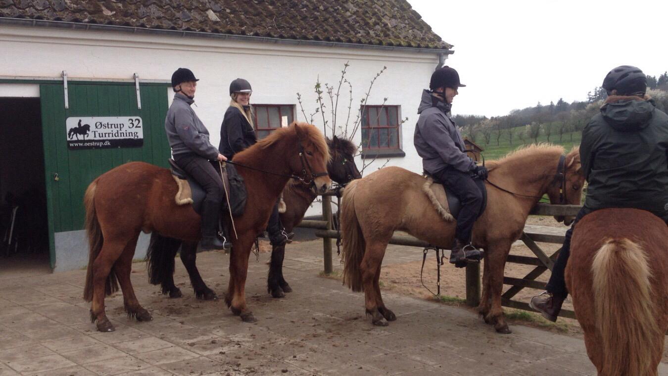 Med Trine, Anders og Nina på tur