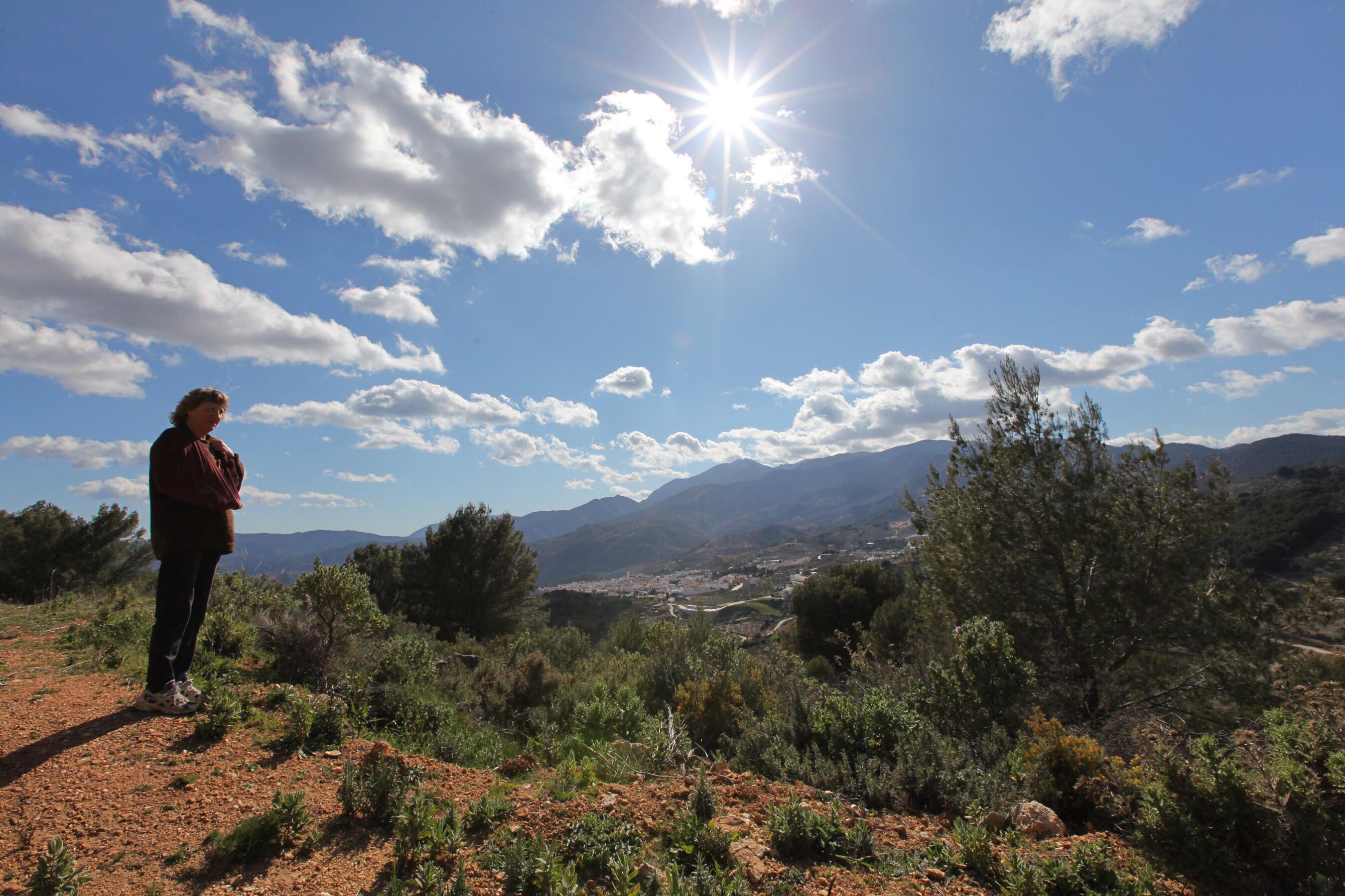 En tur fra Yunquera op mod Cabrilla