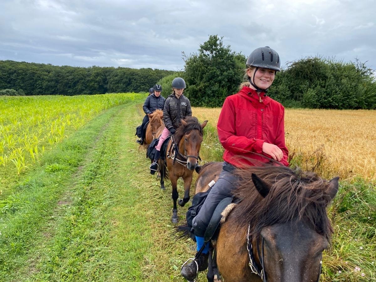Kort og meget våd Islandskapsturen med ridelejr uge 30