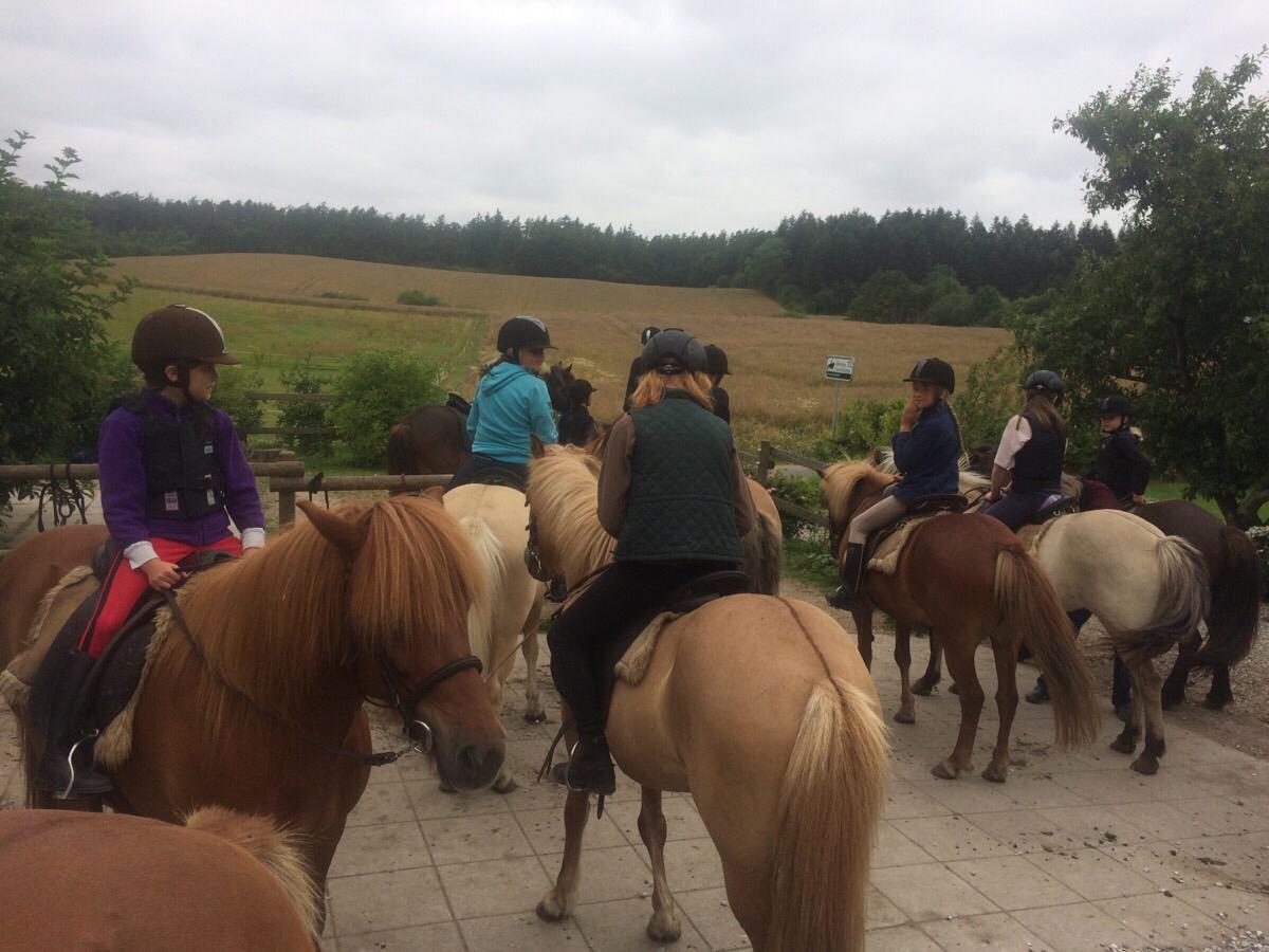 1. Tur på ridelejren i uge 29